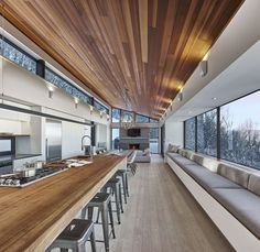 "curtis designed this modern ski chalet located in Lac Archambault, Quebec, Canada. It was completed in February ""This modern ski chalet was designed as a weeke… Chalet Design, House Design, Ski Chalet, Chalet Interior, Interior Design, Interior Modern, Room Interior, Interior Livingroom, Architecture Résidentielle"