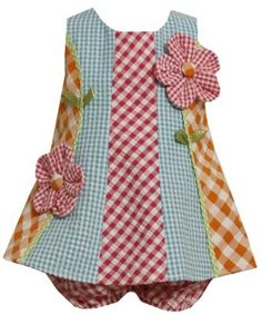 Could easily sew this. Great way to make use of those little left over pieces of fabric.