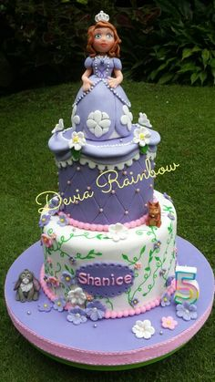 Sofia the first cake Sofia The First Cake, Sofia The First Birthday Party, Sofia Party, Birthday Parties, First Birthdays, Party Ideas, Cakes, Desserts, Food
