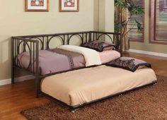 die besten 25 bett metall ideen auf pinterest metall hochbett hochbett erwachsene und. Black Bedroom Furniture Sets. Home Design Ideas