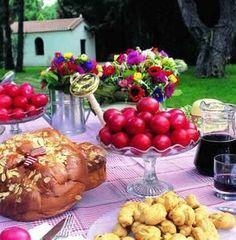 "Greek Easter Καλό Πάσχα Kaló Páscha ""Happy Easter"" in Greek Greek Recipes, Wine Recipes, Cooking Recipes, Orthodox Easter, Greek Easter, Easter Table Settings, Easter Traditions, Easter Celebration, Easter Dinner"