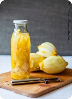 Zitronenextrakt  - Zusammen mit einem Zitrusöl, hat man so Zitrusaroma für jede Gelegenheit, egal ob Gebäck, Salate, Gebratenes oder Süßspeisen.