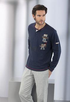Pijama hombre algodón Massana Mens Sleepwear, Mens Pyjamas, Men's Loungewear, Boy Fashion, Mens Fashion, Night Suit, Dye T Shirt, Boys T Shirts, Nightwear