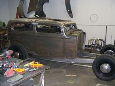 I did a search and it doesn't seem like we've done a 32 Ford sedan picture thread yet, so lets see what pictures of 32 Ford Sedans we have in our...