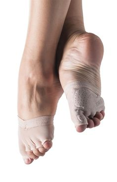 Bloch 671 Gripp Half Sock. Foot Thongs, Lyrical & Contemporary Shoes. Pilates toe & ball half-sock with individual toe spaces giving secure and comfortable grip when using pilates equipment. Also suitable for yoga giving greater stability in poses. Power mesh breathable upper. Silicon rubber elastic holds pilates sock in place. Suede with unique rubber tread outsole allows maximum grip. www.dancinginthestreet.com