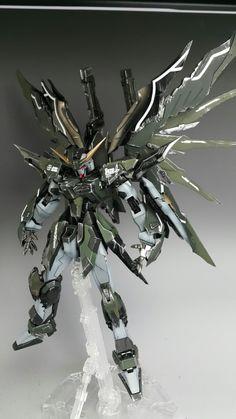 MG 1/100 Destiny Gundam Ver ...