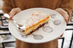 3 сыроедческих полезных и вкусных десерта: raw чизкейк, брауни и миндальное печенье