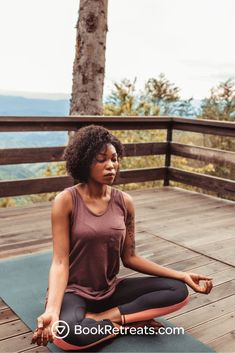 Discover the best handpicked yoga retreats and yoga teacher trainings on the planet #unplug #destress #recharge Yoga Sequence For Beginners, Meditation For Beginners, Workout For Beginners, Spiritual Inspiration, Yoga Inspiration, Best Yoga Retreats, Free Yoga Videos, Yoga Holidays, Yoga Workouts