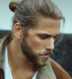 Ben Dahlhaus- I want his man bun hair and awesome full beard. I would love to have a lace wig in his hairstyle and a replica lace moustache and beard, so I can put on his disguise. Hair And Beard Styles, Long Hair Styles, Men Facial Hair Styles, Mens Facial, Hommes Sexy, Good Looking Men, Male Beauty, Haircuts For Men, Gorgeous Men