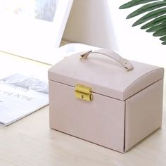 Multi-function Jewelry Box with Handle Mirror Lock Drawer Jewelry Organizer Large Jewelry Box, Handmade Jewelry Box, Jewelry Case, Cheap Jewelry, Diy Jewelry, Birthday Room Decorations, Ring Organizer, Diy Makeup Storage, Cosmetic Items