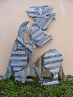 Aussie recycled corrugated iron yard displays