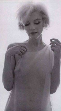 Marylyn Monroe...........