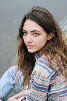 Model: Amelia Zadro