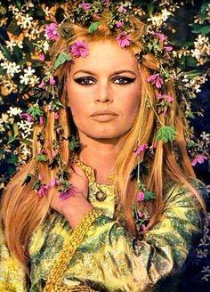 Brigitte Bardot photographed by Jean-Claude Sauer, 1967.