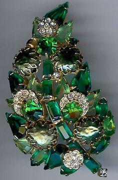 Regency Vintage Dazzling Shades of Green Rhinestone Leaf Pin | eBay