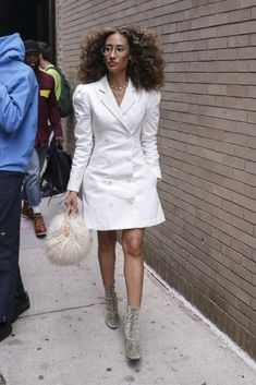 Elaine Welteroth is seen wearing a white Maggie Marilyn dress on the street during New York Fashion Week on September 2018 in New York City. Get premium, high resolution news photos at Getty Images Elaine Welteroth, Star Fashion, Fashion Outfits, Women's Fashion, Girls Dress Up, Slip Skirts, Check Dress, Leather Blazer, Going Out Outfits
