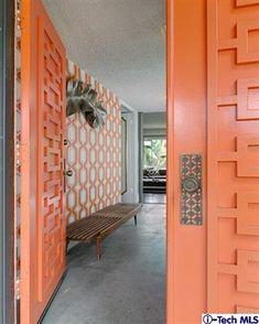 Super Ideas Door Design Modern Entryway Home Mid Century Modern Door, Mid Century Exterior, Mid Century Decor, Mid Century House, Mid Century Modern Design, Mid Century Modern Wallpaper, Modern Exterior Doors, Modern Entryway, Entryway Ideas
