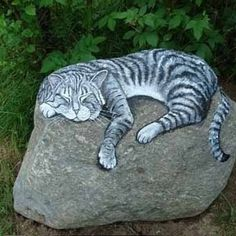 Rock painting ideas and designs for garden decorations garden art, painting rocks for garden, Pebble Painting, Pebble Art, Stone Painting, Painting Art, Stone Crafts, Rock Crafts, Diy Crafts, Rock Kunst, Art Rupestre