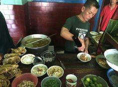 SOTO,  soto ayam lamongan kampung oro oro ombo  Yogjakarta.