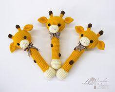 Hallo! Vielen Dank fürs vorbeischauen) Bunt, lustig und sicher, weich klappert Giraffe! Es ist eine beste Freunde für die Kinder, wie jede Mutter sicher sie Vertrauen :) Rasseln helfen Babys zu entdecken die Welt um sie herum und neue Dinge entdecken. Entwickelt Baby s berühren,