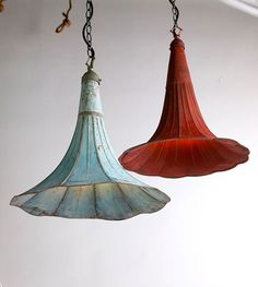 "Lighting from antique gramophones.  Source: Blog of Francesco Mugnai, ""35 Striking Recycled Lamps That Are Borderline Genius."""