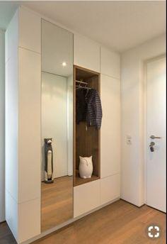 1 ne krah te djatht - New Deko Sites Home Entrance Decor, Hallway Ideas Entrance Narrow, House Entrance, Home Decor, Modern Hallway, Entrance Halls, Upstairs Hallway, Hall Wardrobe, Wardrobe Design Bedroom