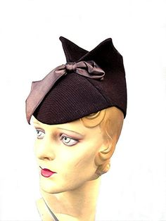 Vintage Fashion 1930s hat Modes Hollywood asymmetrical crown authentic