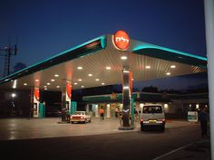 Delek station at night | Image owned by Minale Tattersfield | Flickr