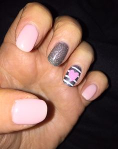 Cute heart #shellac mani