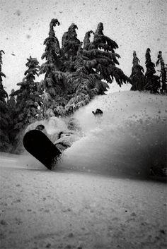 #LL @lufelive #snowboarding #powder