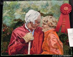 Small Moments by Patsy Kittredge.  2nd place, 2016 AZQG show.  Photo by Quilt Inspiration.