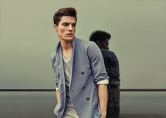 Reiss Spring/Summer 2013 Turn Up The Heat Menswear Styles: Metropolitan Elegance With Comprised Formal Touch On Transitional Cold Spring Casuals
