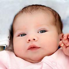 newborn-picture-ideas-closeup-edgarbarany.jpg (400×400)