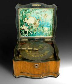 Smart Vintage 1940-50 Carillon Radio Vintage Con Portagioie Goods Of Every Description Are Available Arredamento D'antiquariato