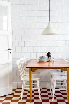 Modern Home Decor Interior Design Kitchen Interior, Kitchen Design, Decor Interior Design, Interior Decorating, Sweet Home, Piece A Vivre, Dining Room Inspiration, Deco Design, Stockholm