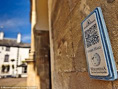 Monmouth becomes world's first Wikipedia town with barcodes at landmarks that link to smartphones guides