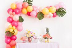 Balloon Arch Diy, Balloon Backdrop, Balloon Columns, Balloon Bouquet, Balloon Garland, Yellow Balloons, Gold Balloons, Latex Balloons, Engagement Party Themes