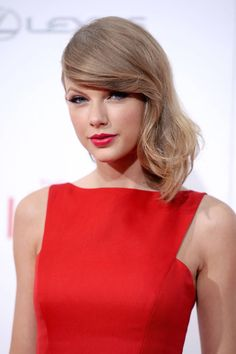 "Hear Taylor Swift's newly released track ""Out Of The Woods"" from her upcoming album '1989'."