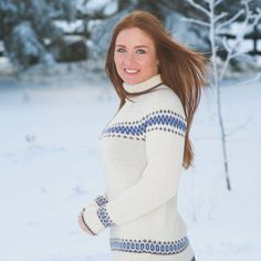 MM07-03 Maria Rundfelt genser med mønsterborder   Du Store Alpakka Turtle Neck, Store, Sweaters, Dresses, Fashion, Tent, Gowns, Moda, Shop Local