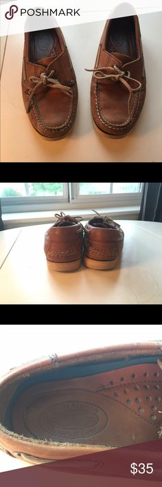 Leather boat shoes These shoes are awesome! They are just a bit too small on me. I couldn't find an actual size but I would say they for like a 7 1/2. They are leather. They have been worn but still in good condition. Shoes