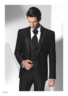 Groom dresses, notched Lapel groomsmens / best Mens Suit, black new style two button Wedding / Dance / dinner dress (coat + pant