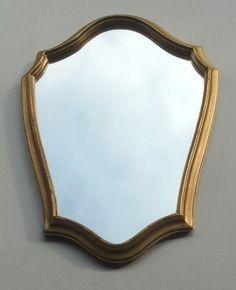 kultakehyksinen ranskalainen vintage peili . golden frame French vintage mirror   40 x 29 cm