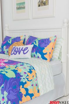 Time for a Room Makeover—the Latest Teen Vogue Bedding Collection Has Arrived! Teen Vogue Bedding, Teen Bedding Sets, Teen Room Decor, Bedroom Decor, Bedroom Ideas, Neon Room, Cute Bedding, Walk In, Teen Girl Bedrooms