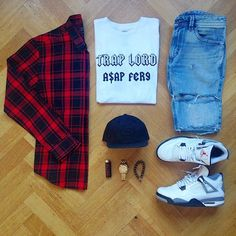 Outfits Hombre, Dope Outfits, Fashion Outfits, Outfit Grid, My Outfit, Light Wash Ripped Jeans, Urban Fashion, Mens Fashion, Future Clothes