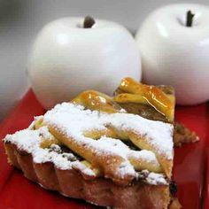 Torta Maçã da Nonna: Fina massa sucreé com recheio de maçãs carameladas e…