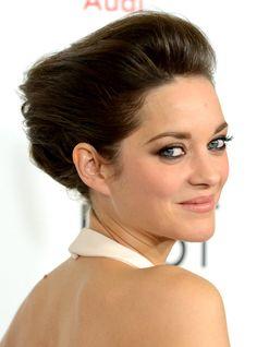 5 Best Beauty Looks: Making a Statement