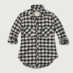 Abercrombie & Fitch Plaid Flannel Shirt ($17) ❤ liked on Polyvore featuring tops, shirts, white and black checkered, black and white plaid shirt, plaid flannel shirt, pattern button up shirts, white and black plaid shirt and button up shirts