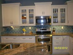 Here is my finished kitchen.  Chet did all the tiling.