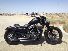 Harley Davidson Events Is for All Harley Davidson Events Happening All Over The world Sportster Cafe Racer, Sportster Iron, Bobber Motorcycle, Cool Motorcycles, Motorcycle Style, Harley Davidson Sportster, Harley Davidson Custom Bike, Iron 883, Best Classic Cars