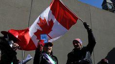Un nouveau sondage réalisé au Canada révèle que, si les citoyens sont en général en faveur de l'accueil des réfugiés, des sentiments anti-migratoires et antimusulmans persistent dans le pays.